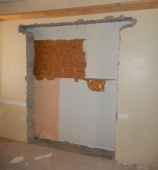 Internal works begin in September 2014, creation of a door between Hanes Emlyn and the Interpreatation Room.